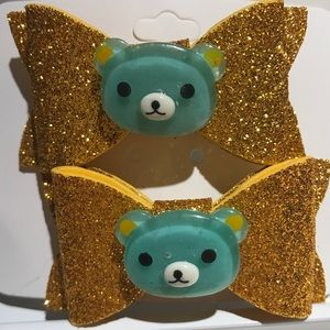 Beautiful foam bow w/custom appliqué (Set of 2)